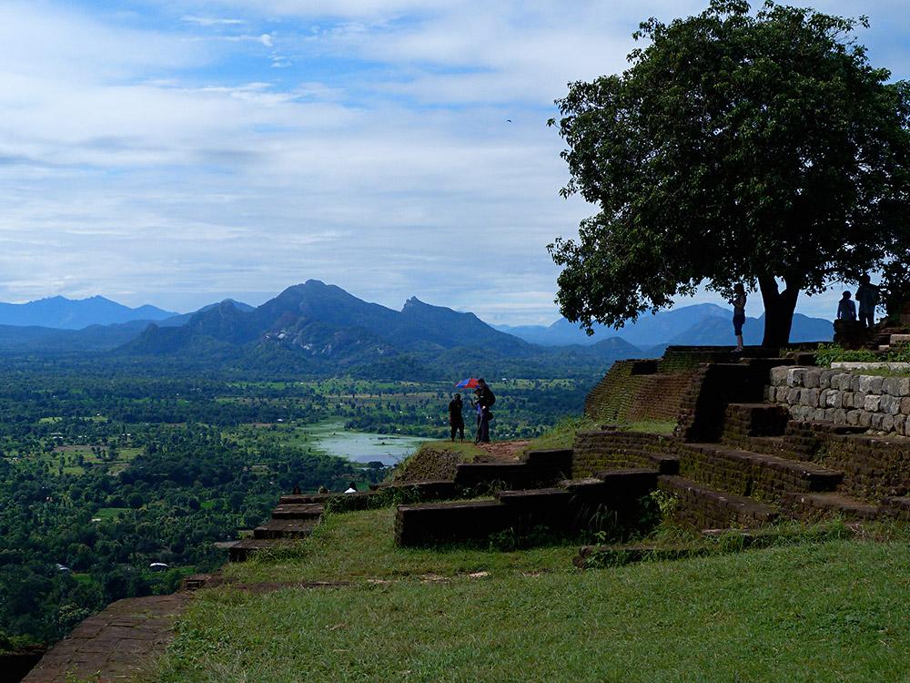 Knuckles-Mtns-from-Sigiriya-Jan-2013